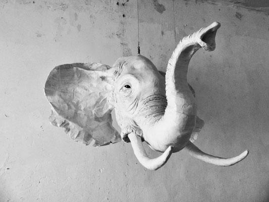 Eléphant de papier- 130/130/120cm