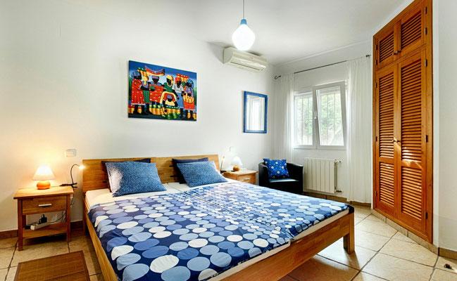Alle Schlafzimmer mit Klimaanlage und Sat-TV