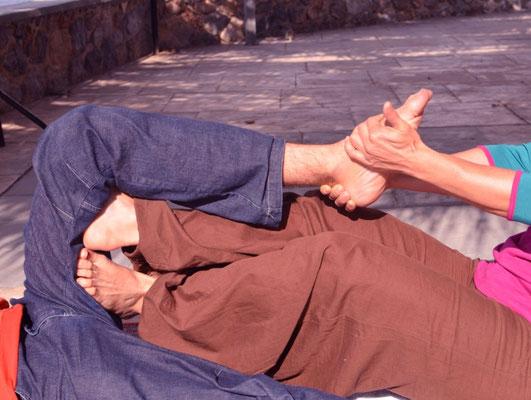 Massage Yoga Thai