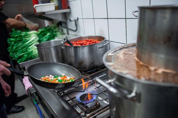 Umaii-Leipzig_brodelnde Küche