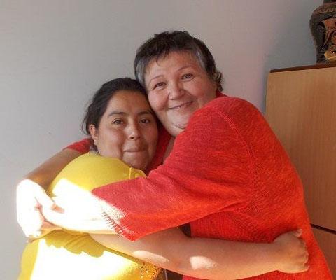Fernanda ist ein Beispiel dafür, dass Erfolg im Leben mehr als nur eine Bedeutung hat!  Mit Unterstützung überwand sie extrem schwierige persönliche Situationen und begann wieder zu blühen. Fernanda erwartet gerade ihr drittes Kind. Foto: Cisol
