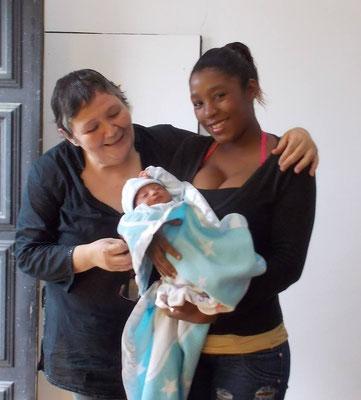 Denisse besuchte als Kind die Schule Educare und ist heute professionelle Sportlerin und stolze Mutter.