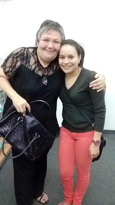 Vanessa ist trotz schwieriger Kindheit ihren Weg gegangen. Sie hat an der Universität Loja studiert und lebt heute mit ihrem Mann und ihren zwei Kindern in Catamayo.