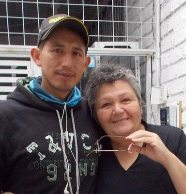Immer wieder besucht José Cisol, um von seinem Leben und seiner Familie zu erzählen. José ist Radfahrer und wirbt an seinen nationalen Rennen für die Fundación Cisol.