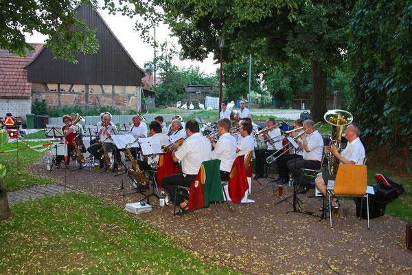 Brunnenfest in Freckenfeld des Gesangvereins Singfonia