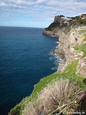 Steilküste im Westen