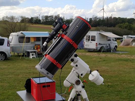 "8"" f/4 Astrograph mit noctutec 60mm f/4 Sucher"