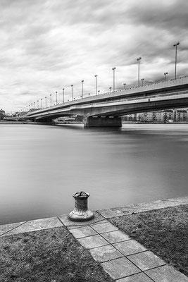 Reichsbrücke © c.rebl