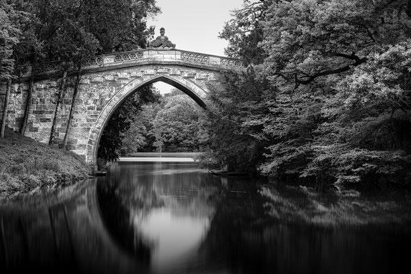 Gotische Brücke - Schlosspark Laxenburg © c.rebl