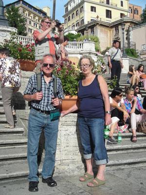 Doris und Helmut auf der Spanischen Treppe