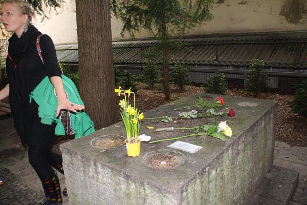 Grab des Walter von der Vogelweide