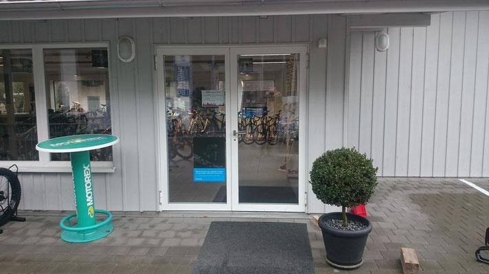 Velo Galerie Kerzers Geschäftseingang