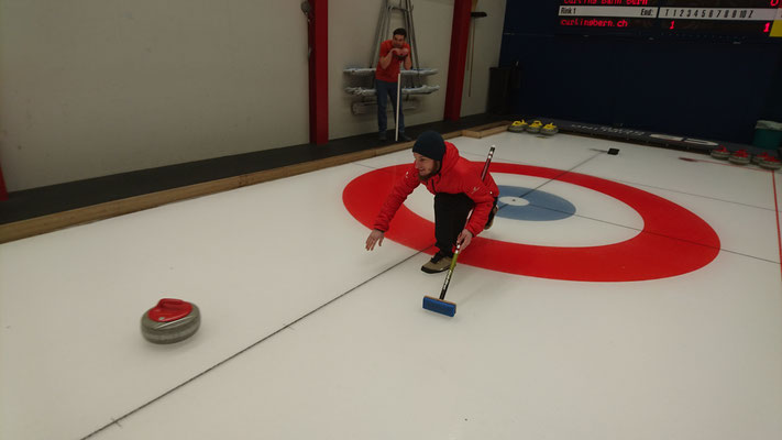Januar 2019: Teamausflug in die Curling Halle