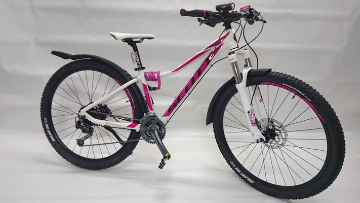 Scott Contessa Scale - pink assortiert