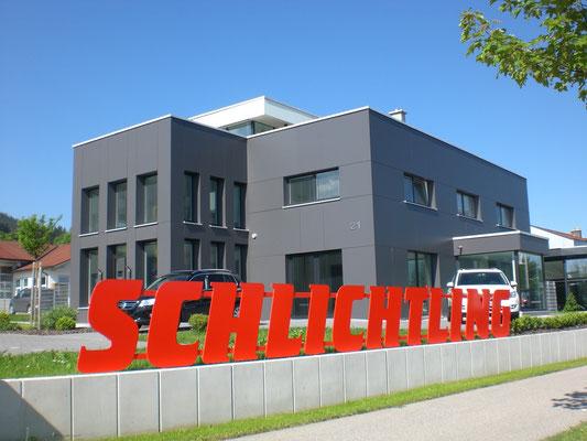 Modernisierung eines bestehenden Wohn- und Geschäftshauses