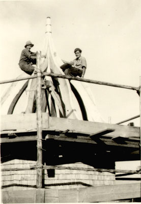 Andreas Haug und Phillipp Lochbihler auf Maria Trost, Juli 1952