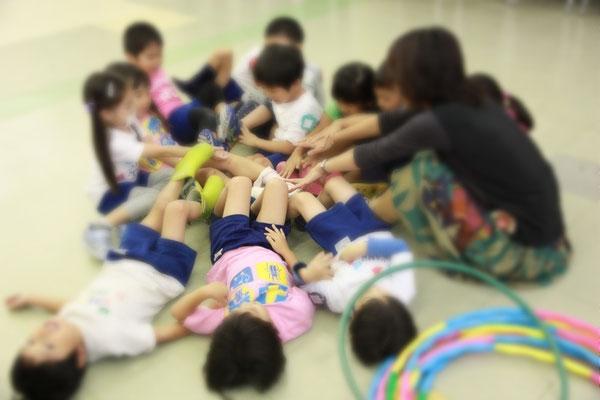 ロケット 幼稚園 リトミック どれみ音楽教室