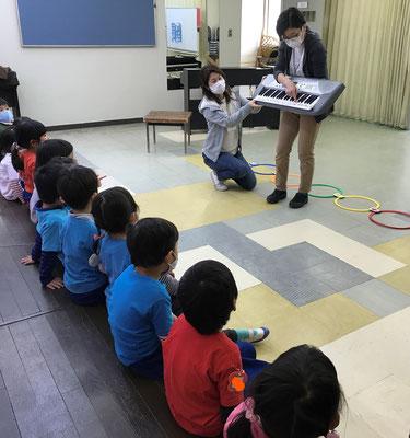 どれみLABO みんなのどれみ 幼稚園 リトミック キーボード