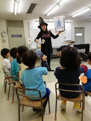 どれみ音楽教室 幼稚園 リトミック 指揮 ハロウィン