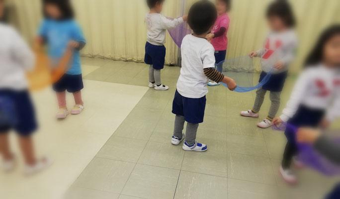 どれみ音楽教室 どれみらぼ 幼稚園 リトミック 年少