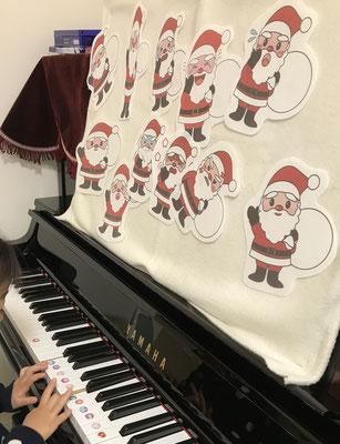 どれみLABO クリスマス サンタクロース マンツーマンピアノリトミック