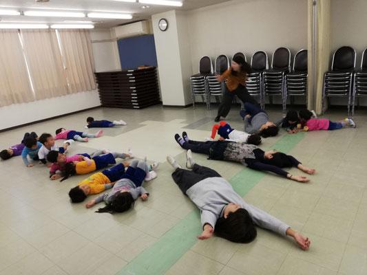 リトミック 幼稚園 どれみ音楽教室