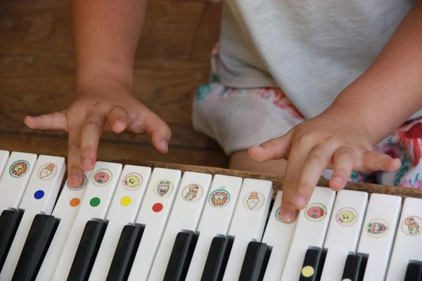 どれみ音楽教室 どれみクラス 鍵盤体験レッスン