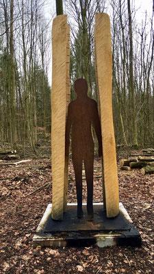 """""""Menschenbaum"""" von Werner Schlegel © Tourist Information Paderborn/Hanah Hilwerling"""