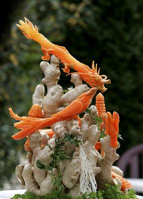 Schnitzerei aus Karotten