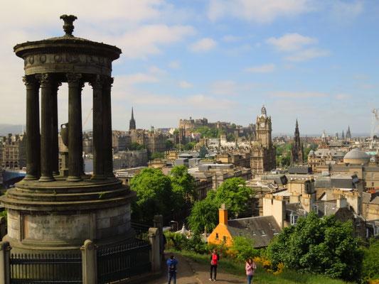 Edinburgh Calton Hill mit Dugald Stewart Monument