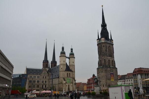 Marktkirche und Roter Turm in Halle