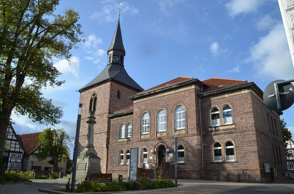 20 Martiniturm und Stadtverwaltung