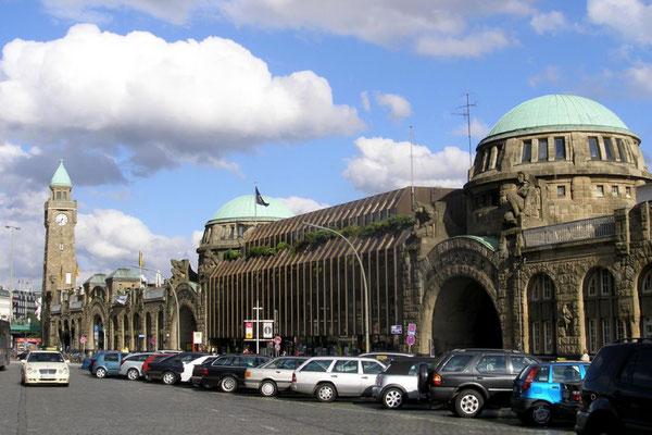 St-Pauli-Landungsbrücken