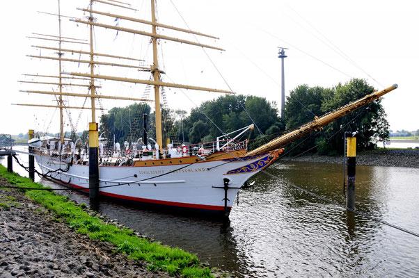23 Schulschiff Deutschland