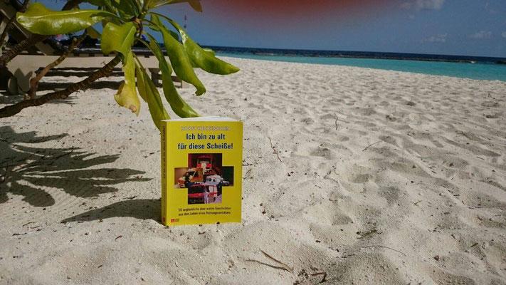 Mein Buch reist um die Welt;-) Malediven