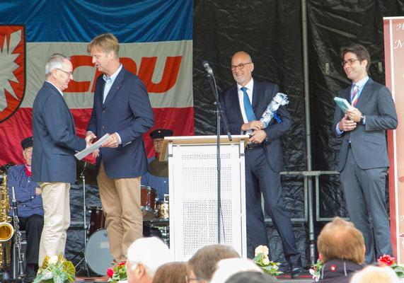 Auszeichnung Klaus Soltau 50 Jahre Mitgliedschaft, Heiner Rickers (MdL)