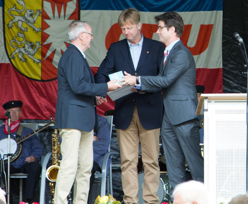 Auszeichnung Klaus Soltau 50 Jahre Mitgliedschaft, Mark Helfrich (MdB)