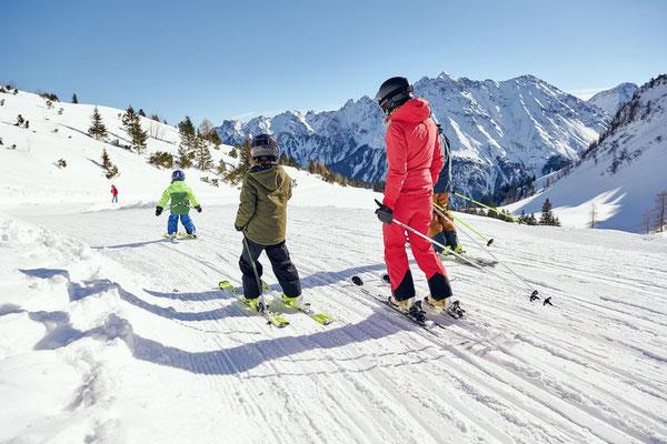 Skifahren im Brandnertal (c) Alex Kaiser - Alpenregion Bludenz Tourismus GmbH