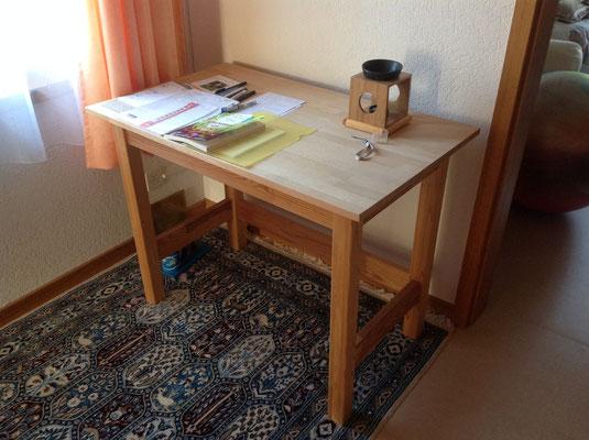Arbeits-Tisch