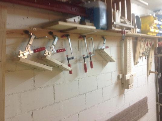 Werkzeuge zum Klemmen, Abstandhalten, Festhalten