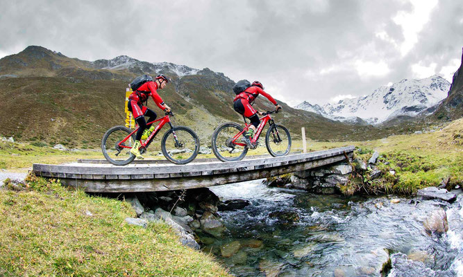 Alle Focus Fully und Hardtail e-Mountainbike Modelle 2020