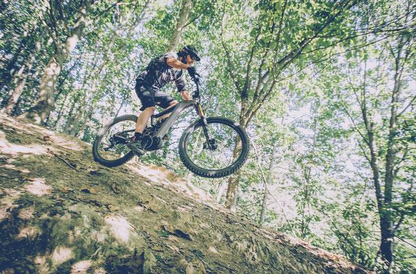 e-Mountainbike Modelle von BH Bikes 2019 in der Übersicht mit Spezifikationen und Rahmengeometrien.