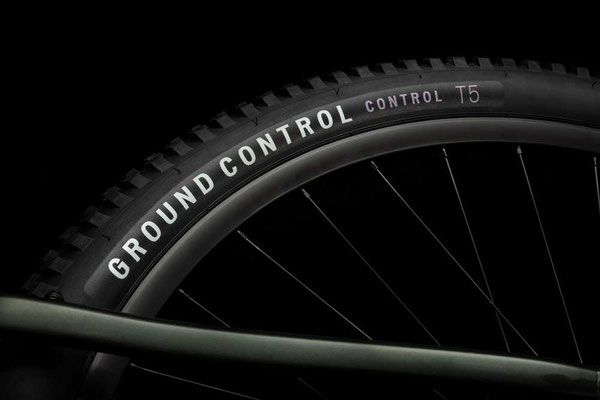 Ground Control Reifen am Specialized Tero