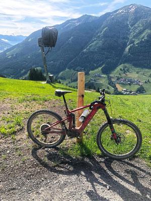 Das Sam² - sowohl bergauf als auch bergab ein zuverlässiges e-Mountainbike.