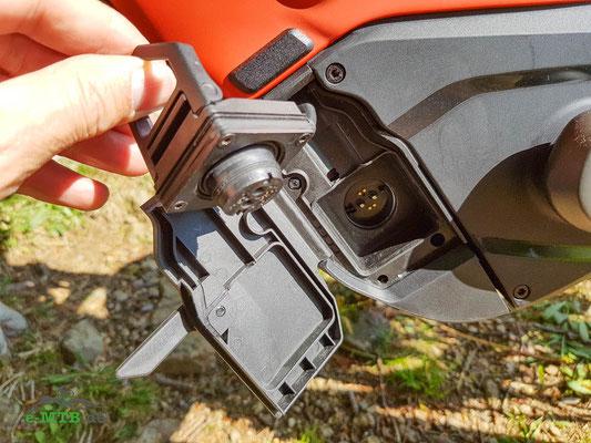Die Ladebuchse am Specialized Turbo Levo Gen3 e-Mountainbike