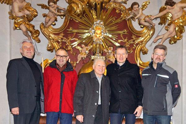 Das ASQ vor dem Hochaltar der Wallfahrtskirche Christkindl/Steyr