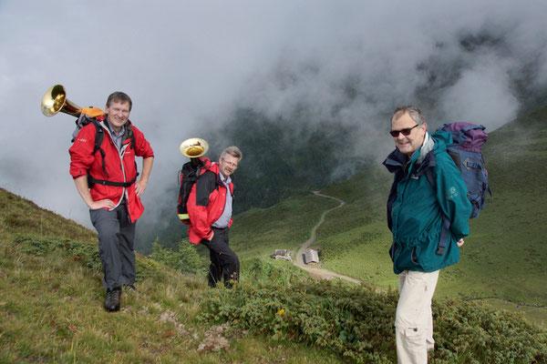 """... dann noch 1,5 Stunden zur Zupalseehütte und """"Das Flügelhorn im Rucksack ..."""""""
