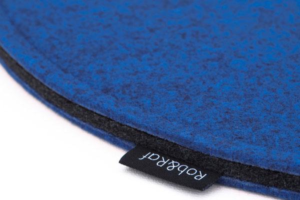 Rob&Raf Designer Sitzkissen Sitzunterlage aus Polyester Filz in Melange Blau, Rund mit Label