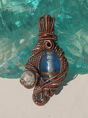 """Art.Nr. 02017  Anhänger """"Nikki blau"""" Kupfer mit Glasperle und Bergkristall. Gesamtlänge 5,5cm (€ 67,-)"""