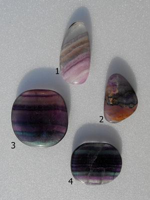 1: Fluorit lila 45x21mm   2:Fluorit lila 35x25mm   3: Fluorit 40x40mm   4: Fluorit 36x30mm  Alle Steine sind NICHT gebohrt.